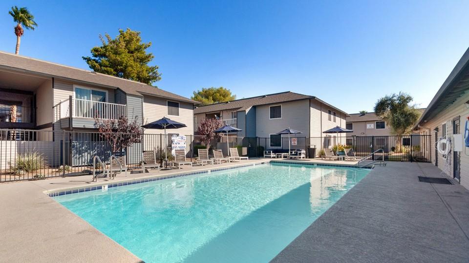 Apartments Near Las Vegas ReNew 2900 for Las Vegas Students in Las Vegas, NV