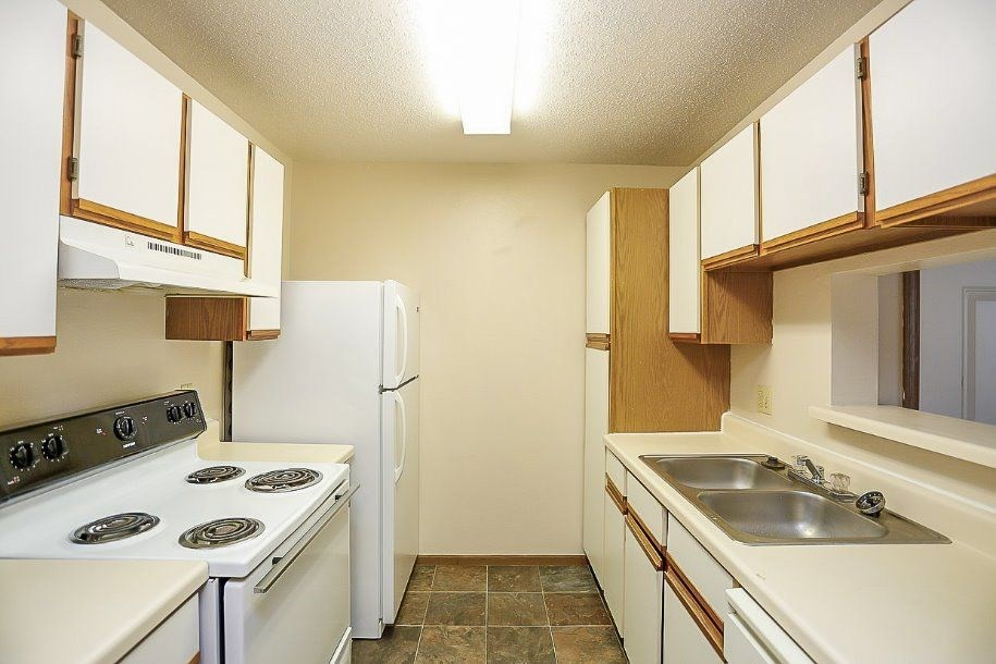 Apartments Near Bradley Aspen Bluff for Bradley University Students in Peoria, IL