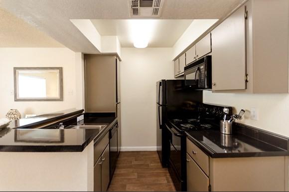 Ridgepoint Apartments photo
