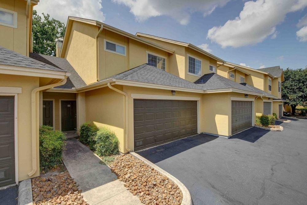 Castle Hills Townhomes rental