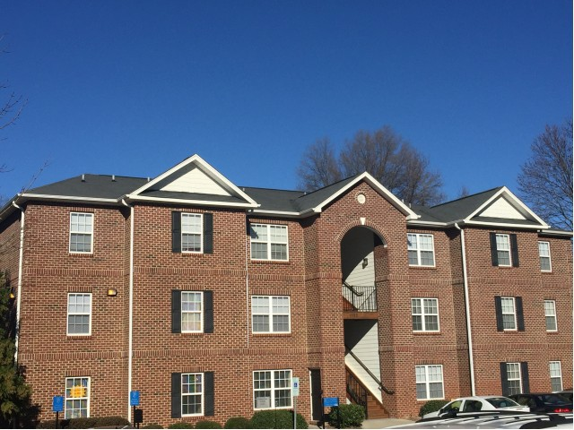 Apartments Near High Point Spartan Crossing for High Point Students in High Point, NC