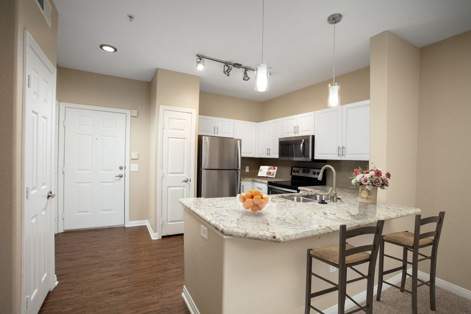 Apartments Near Palomar Camden Old Creek for Palomar College Students in San Marcos, CA