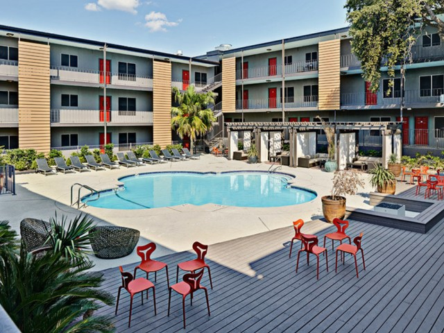 Apartments Near UT Austin 3401 at Red River for University of Texas - Austin Students in Austin, TX