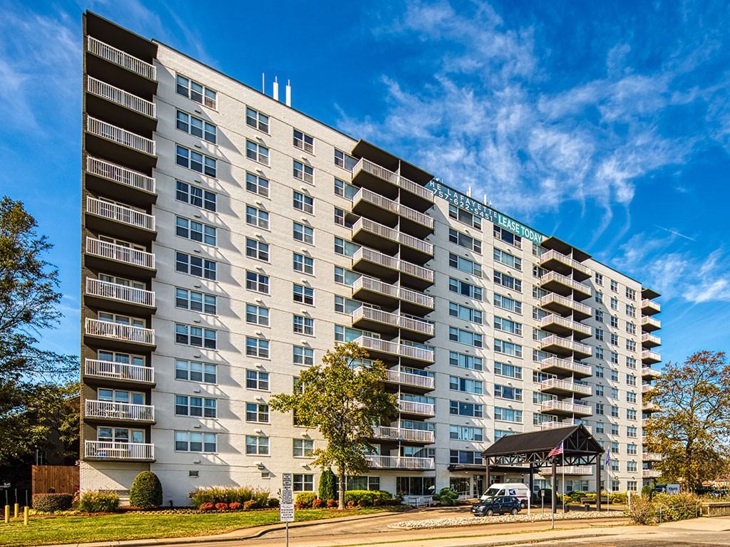 Apartments Near ECPI The Lafayette for ECPI Students in Virginia Beach, VA