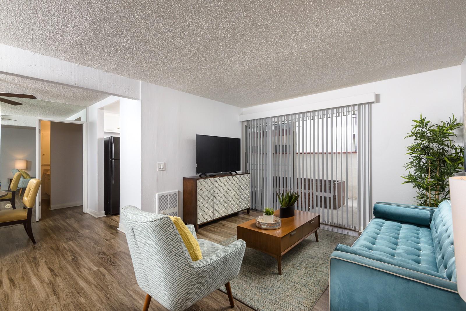 Apartments Near CSUDH El Cordova Apartments for California State University-Dominguez Hills Students in Carson, CA