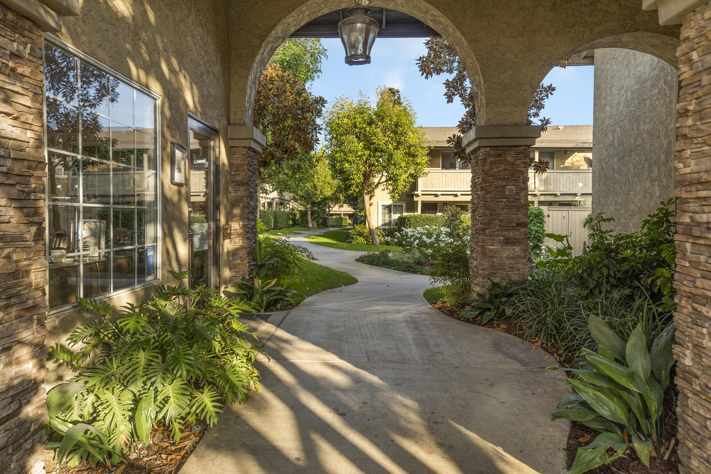 Pasadena Village for rent