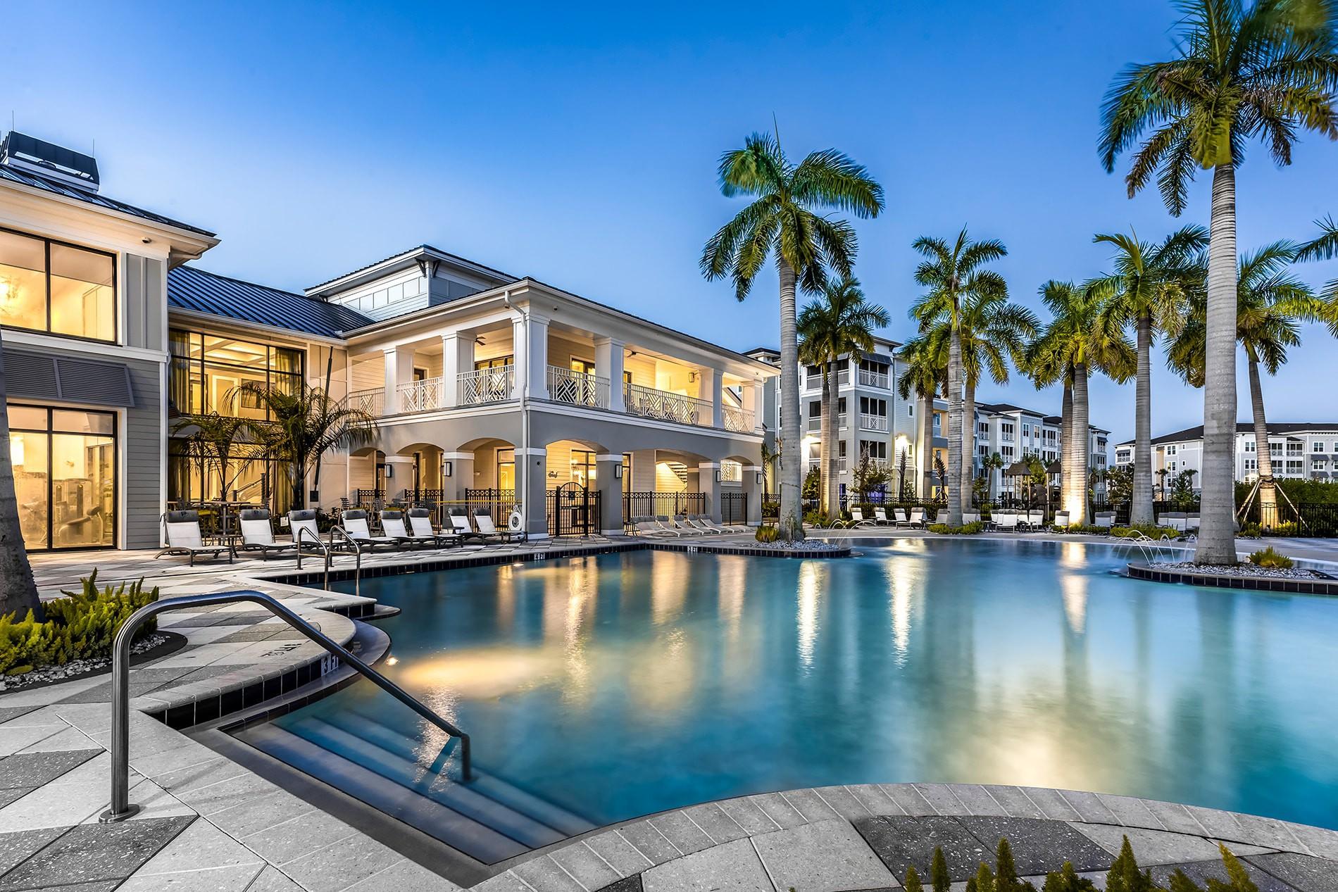 Apartments Near Eckerd Peridot Palms for Eckerd College Students in Saint Petersburg, FL