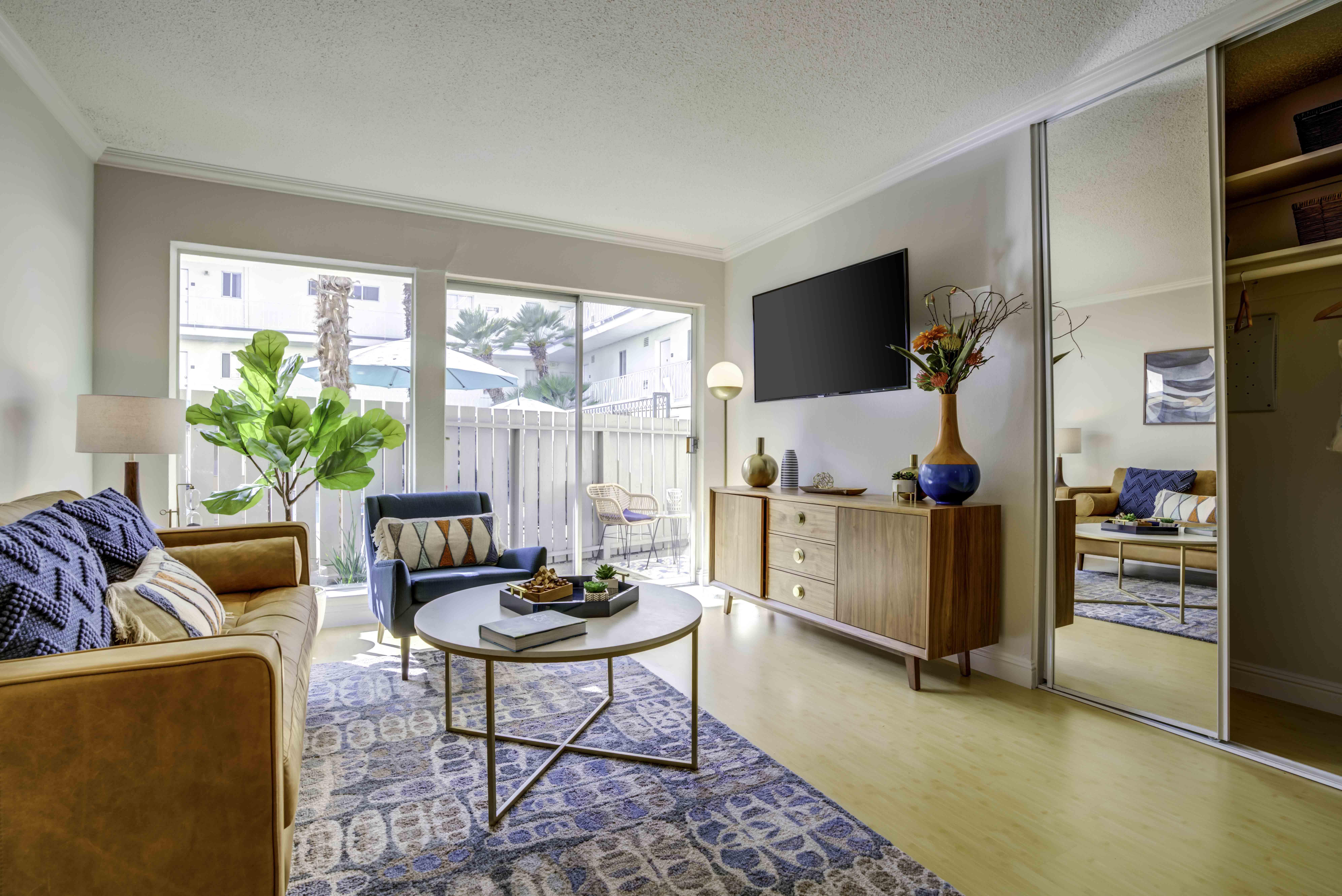 Sequoia Apartment Homes