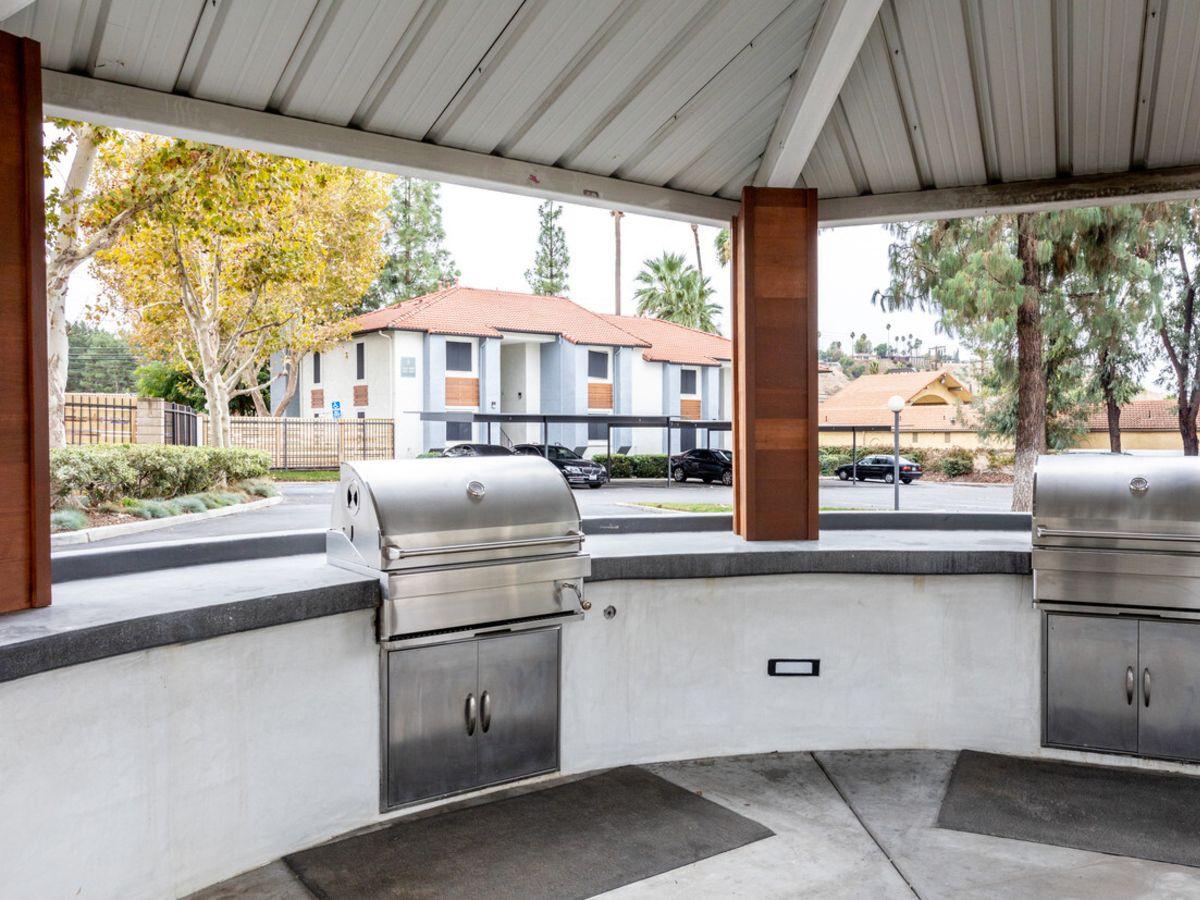 Apartments Near LLU Tides at Grand Terrace for Loma Linda University Students in Loma Linda, CA