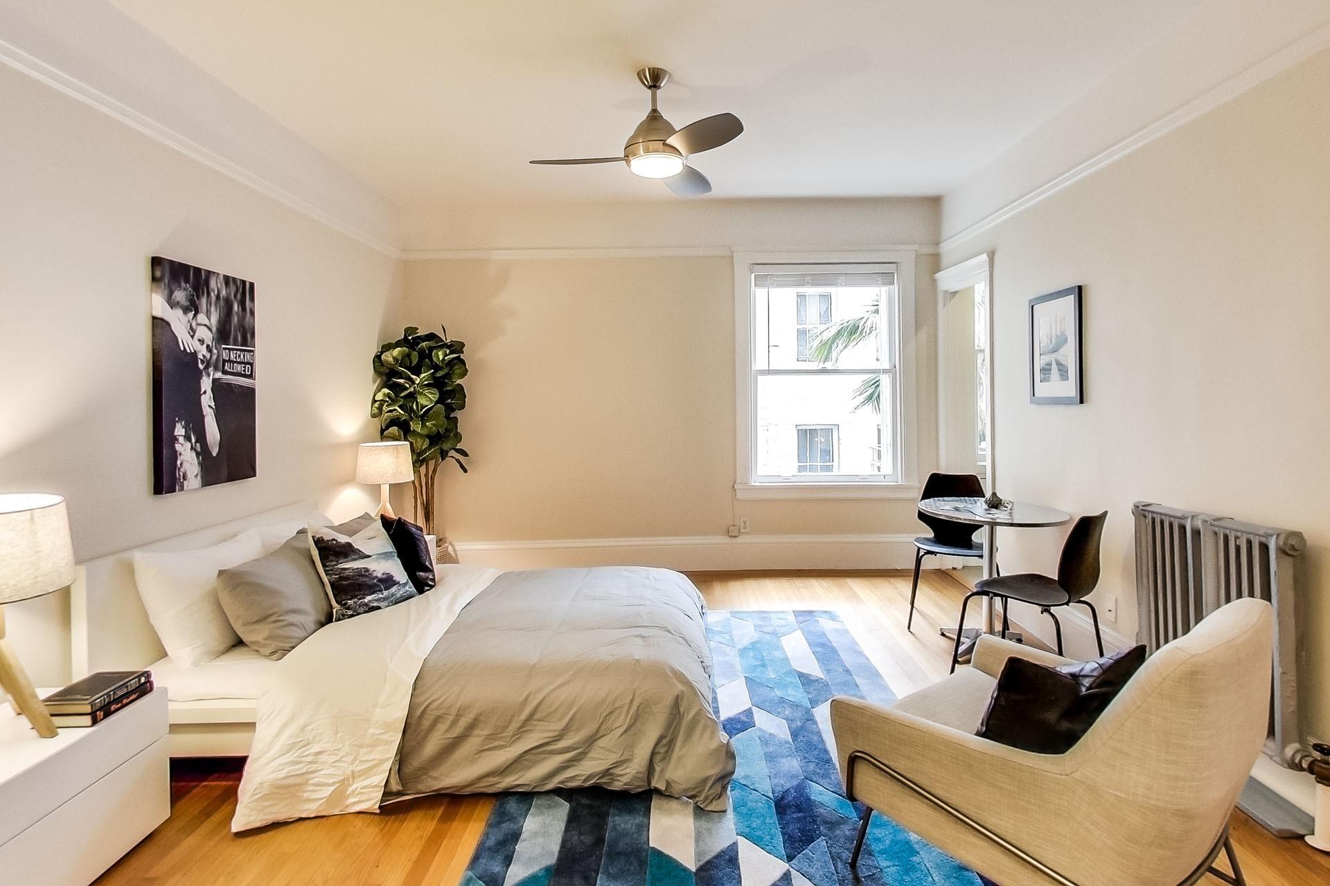 701 TAYLOR Apartments & Suites