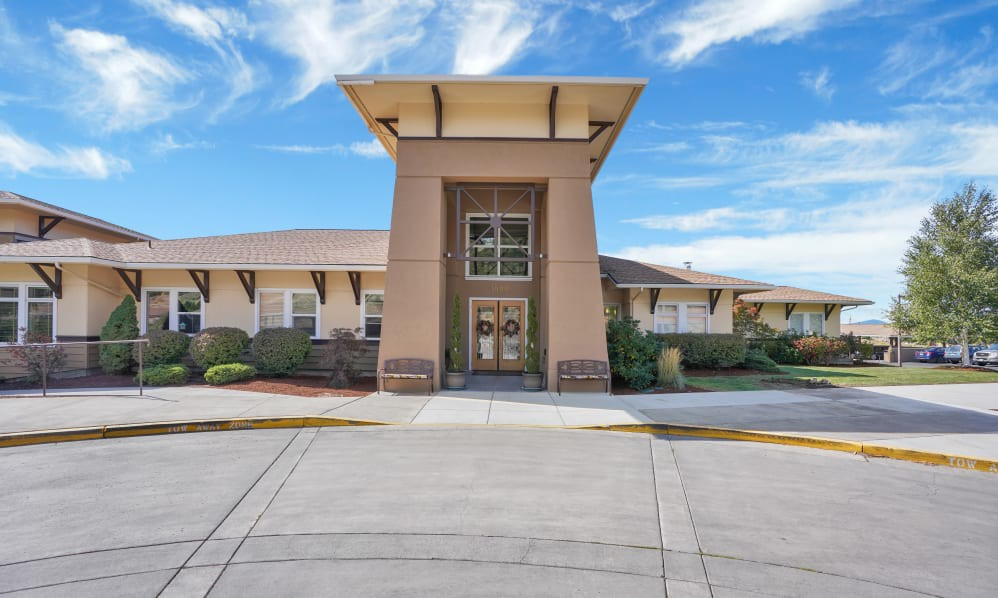 Apartments Near Oregon Tech Crystal Terrace of Klamath Falls Independent and Assisted Senior Living Living for Oregon Institute of Technology Students in Klamath Falls, OR