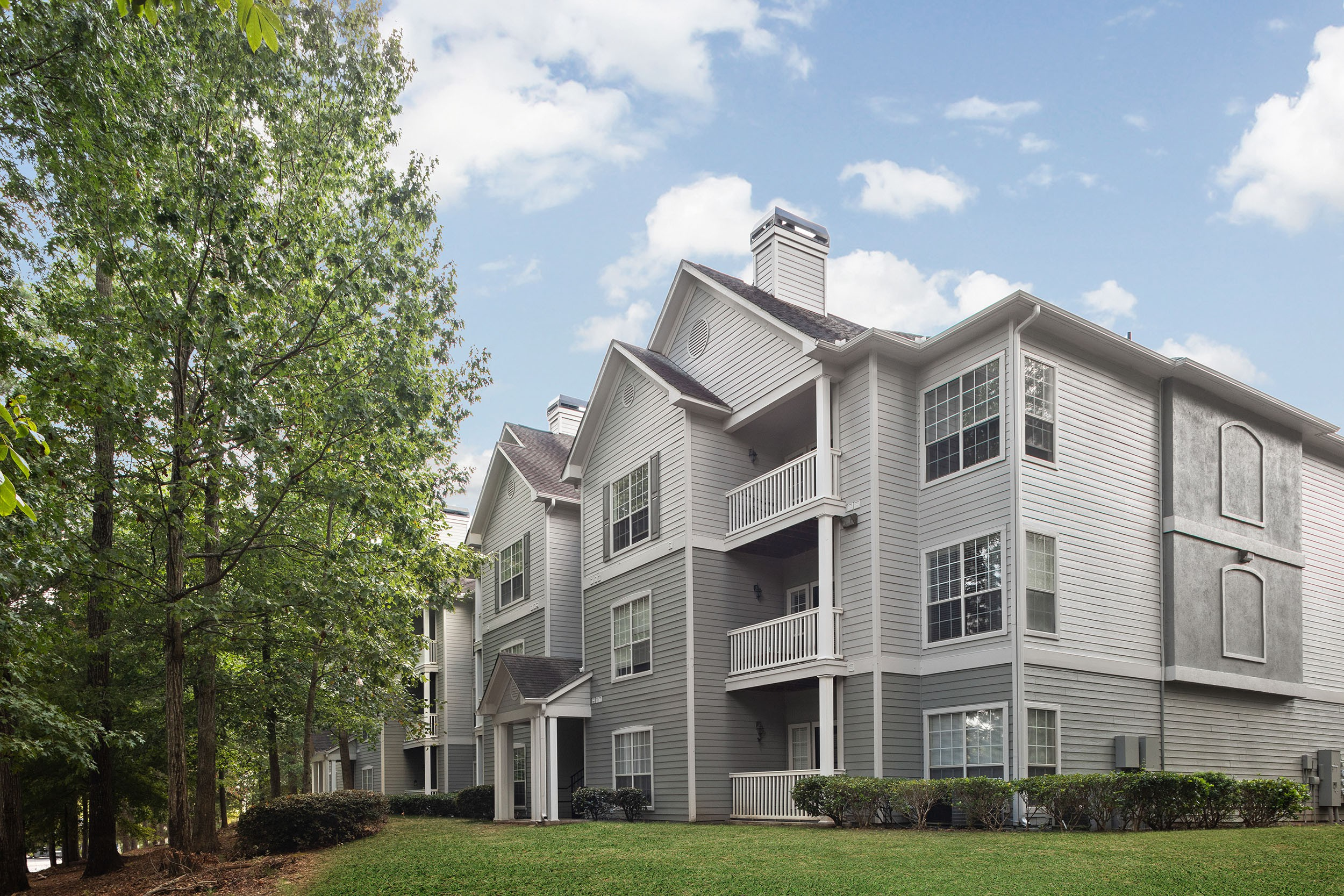 Creekside Corners Apartment Homes