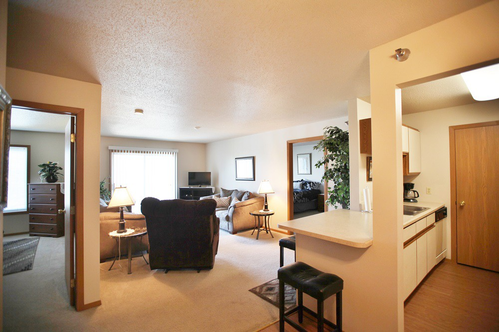 Apartments Near Augie Bennington Hill for Augustana College Students in Sioux Falls, SD