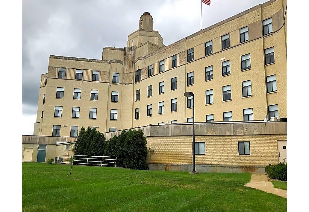Apartments Near Olivet Westbrook Place for Olivet College Students in Olivet, MI