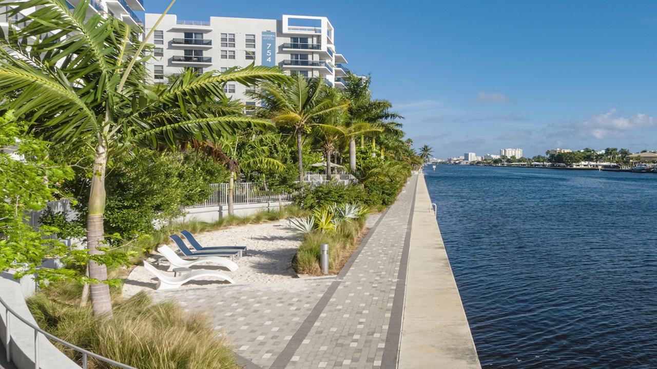 Apartments Near Keiser Modera Port Royale for Keiser University Students in Fort Lauderdale, FL