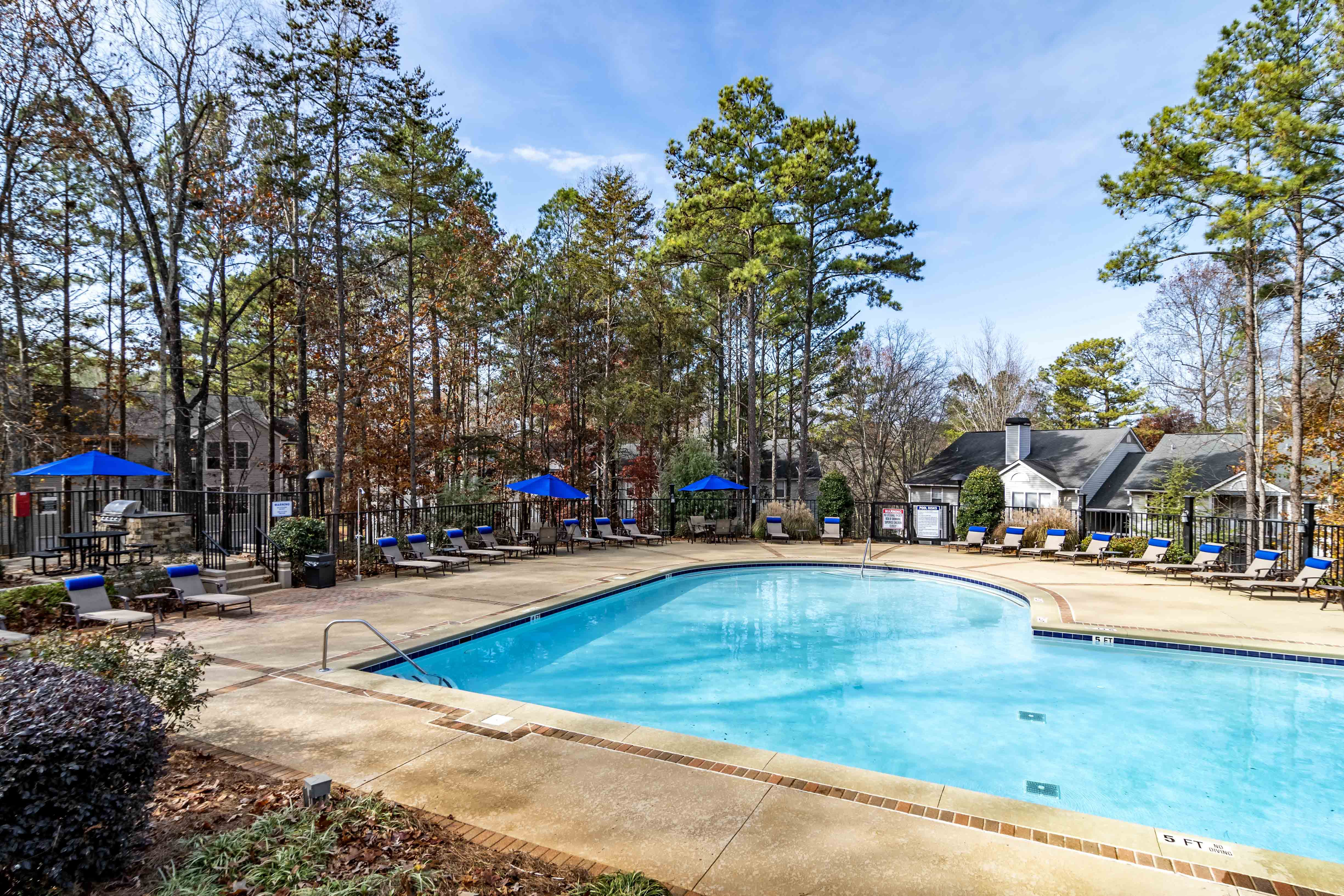 Apartments Near Kennesaw State Wood Pointe $500 OFF Select for Kennesaw State University Students in Kennesaw, GA