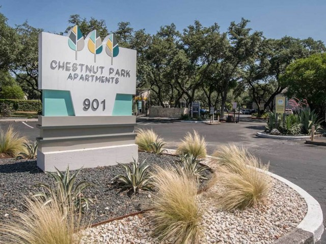 Apartments Near Trinity Chestnut Park Apartments for Trinity University Students in San Antonio, TX