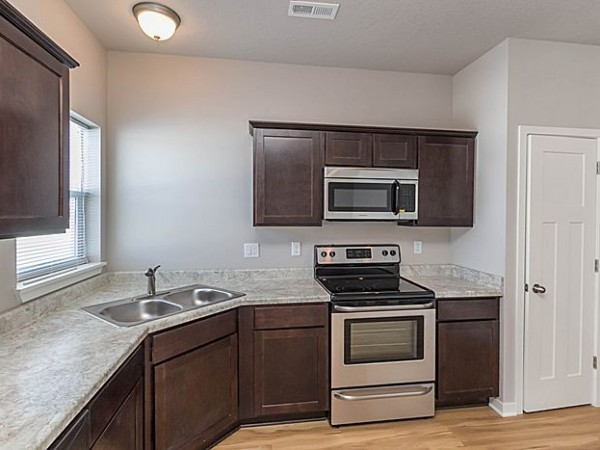 Apartments Near ITT Technical Institute-Clive Village at Century Run Townhomes for ITT Technical Institute-Clive Students in Clive, IA