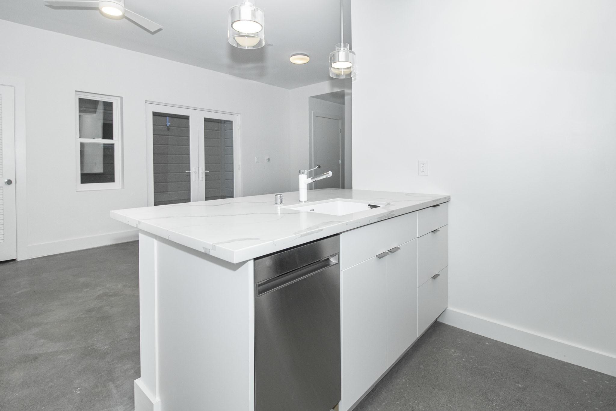 65 BUENA VISTA AVENUE EAST Apartments