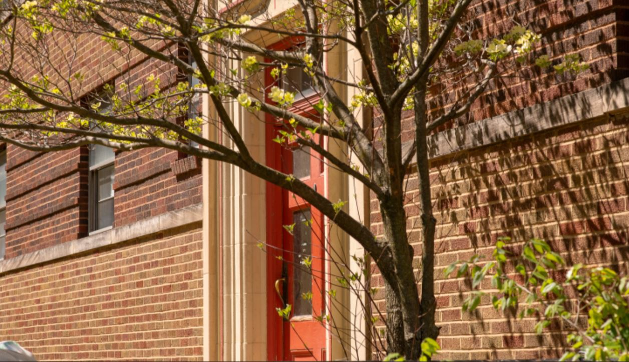 Apartments Near USI Donaldson Arms for University of Southern Indiana Students in Evansville, IN