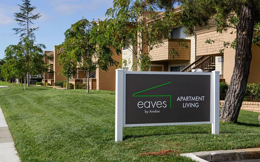 eaves Foster City