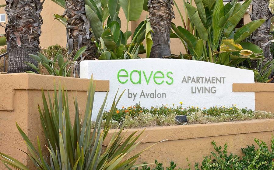 eaves La Mesa