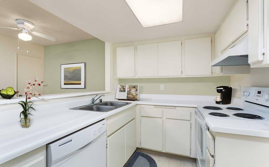 Apartments Near Saddleback eaves Mission Viejo for Saddleback College Students in Mission Viejo, CA