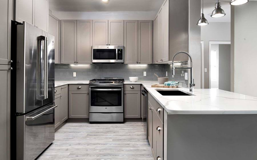 Apartments Near Mount Ida Avalon at Chestnut Hill for Mount Ida College Students in Newton, MA