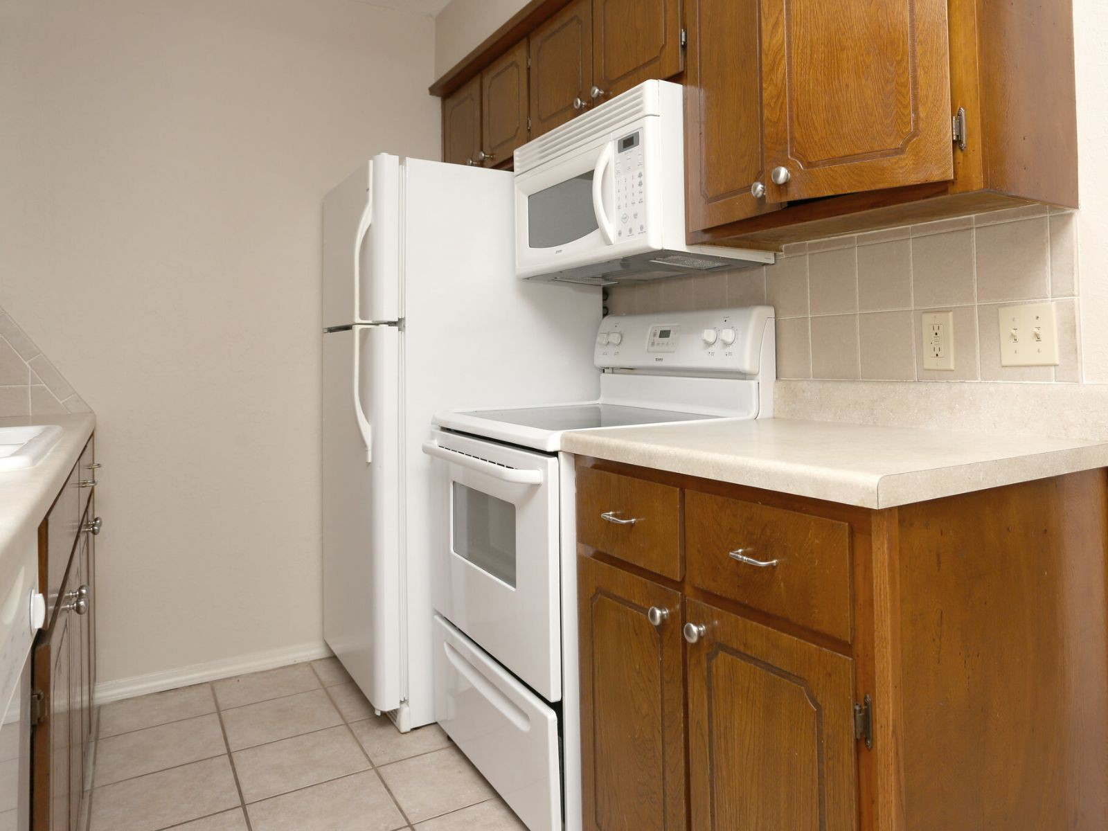 Apartments Near Cameron Pepper Tree Apartments for Cameron University Students in Lawton, OK