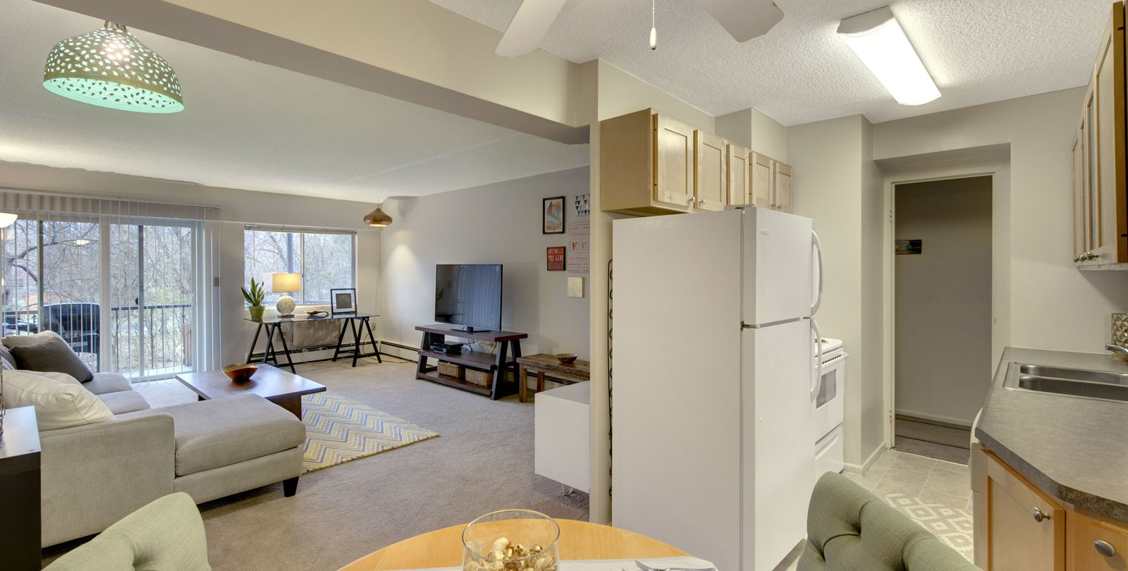 Apartments Near Minnetonka Park Towers for Minnetonka Students in Minnetonka, MN