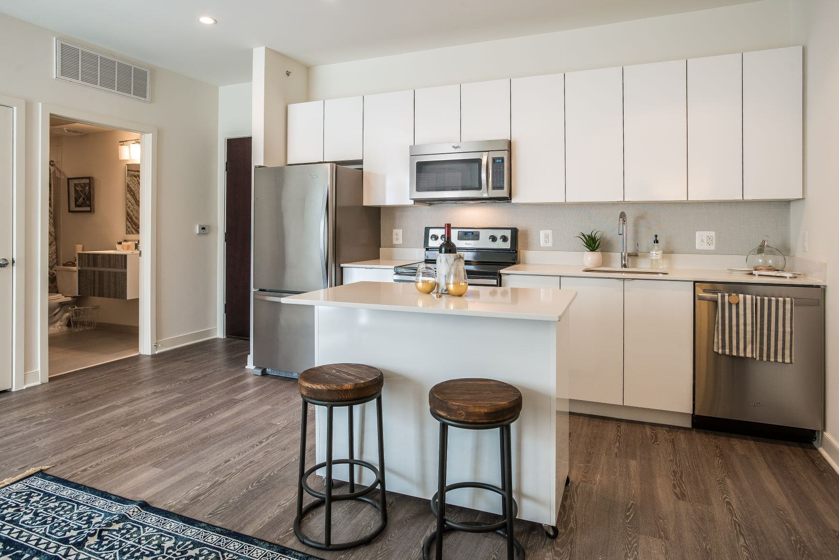 Apartments Near AU 2255 Wisconsin for American University Students in Washington, DC