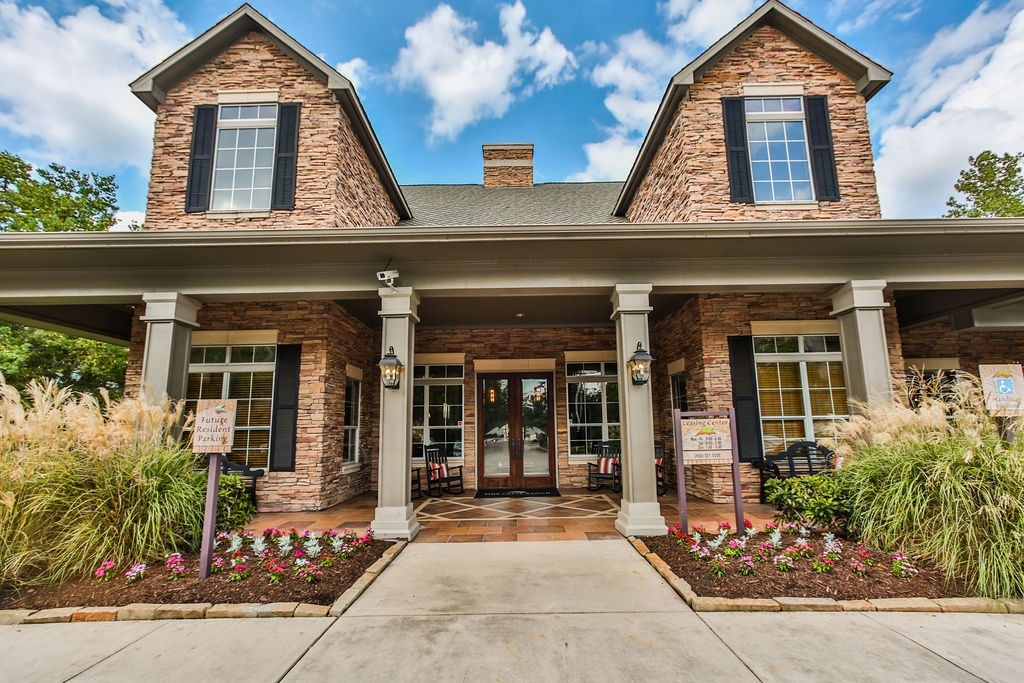 Apartments Near NHMCC Pine Creek Ranch for North Harris Montgomery Community College Students in The Woodlands, TX