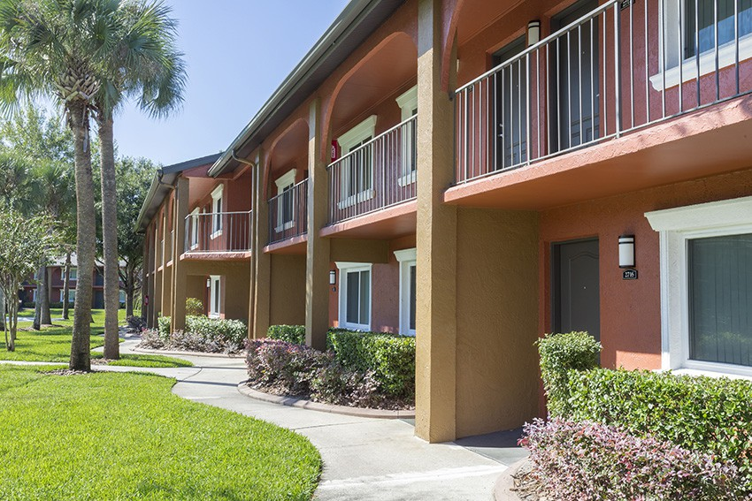 Apartments Near UCF Indigo Winter Park for University of Central Florida Students in Orlando, FL