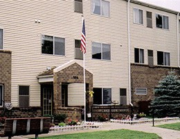 Apartments Near BVU Lakeview Manor for Buena Vista University Students in Storm Lake, IA