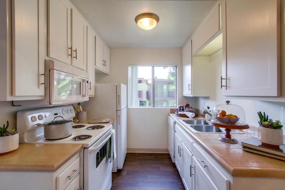Apartments Near UCSD Mesa Vista Apartment Homes for UC San Diego Students in La Jolla, CA