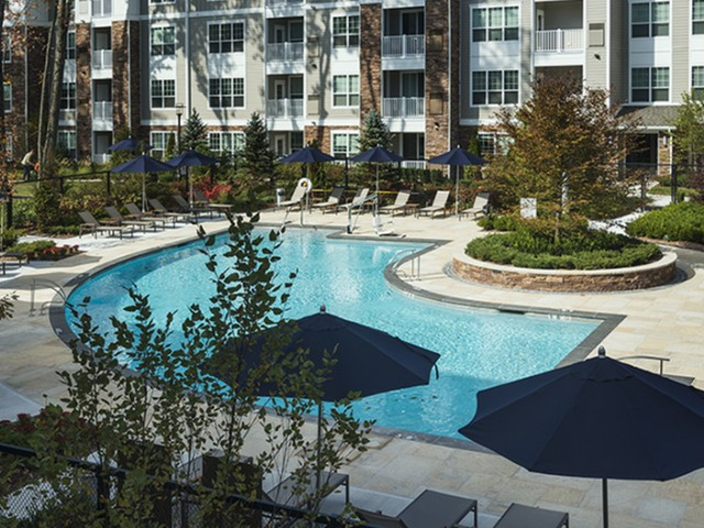 Apartments Near Rivier Hanover Westford Hills for Rivier College Students in Nashua, NH