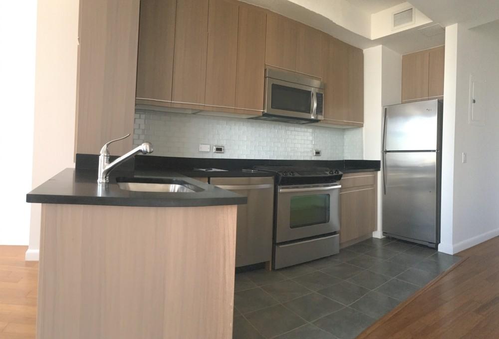Apartments Near LIU 66 Rockwell for Long Island University Students in Brooklyn, NY