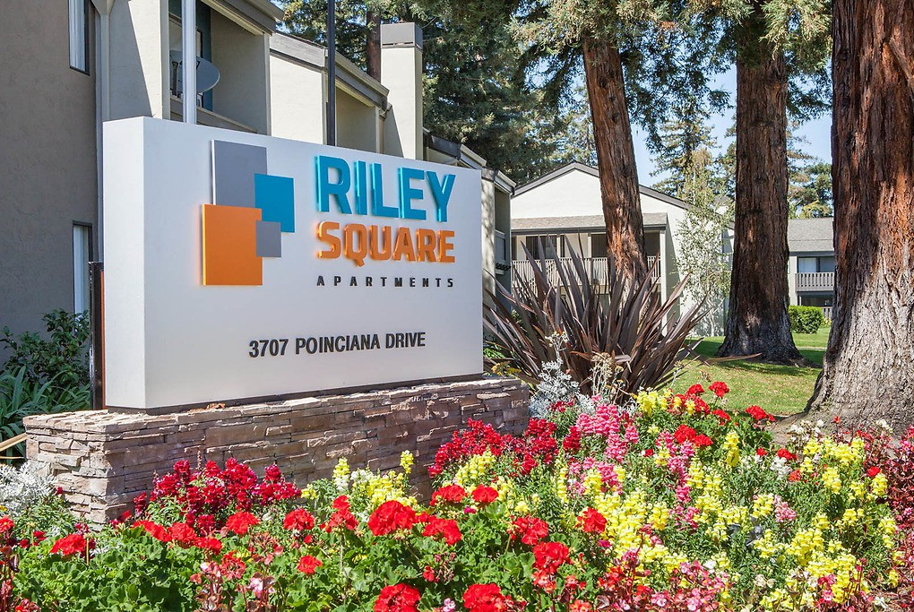 Riley Square for rent