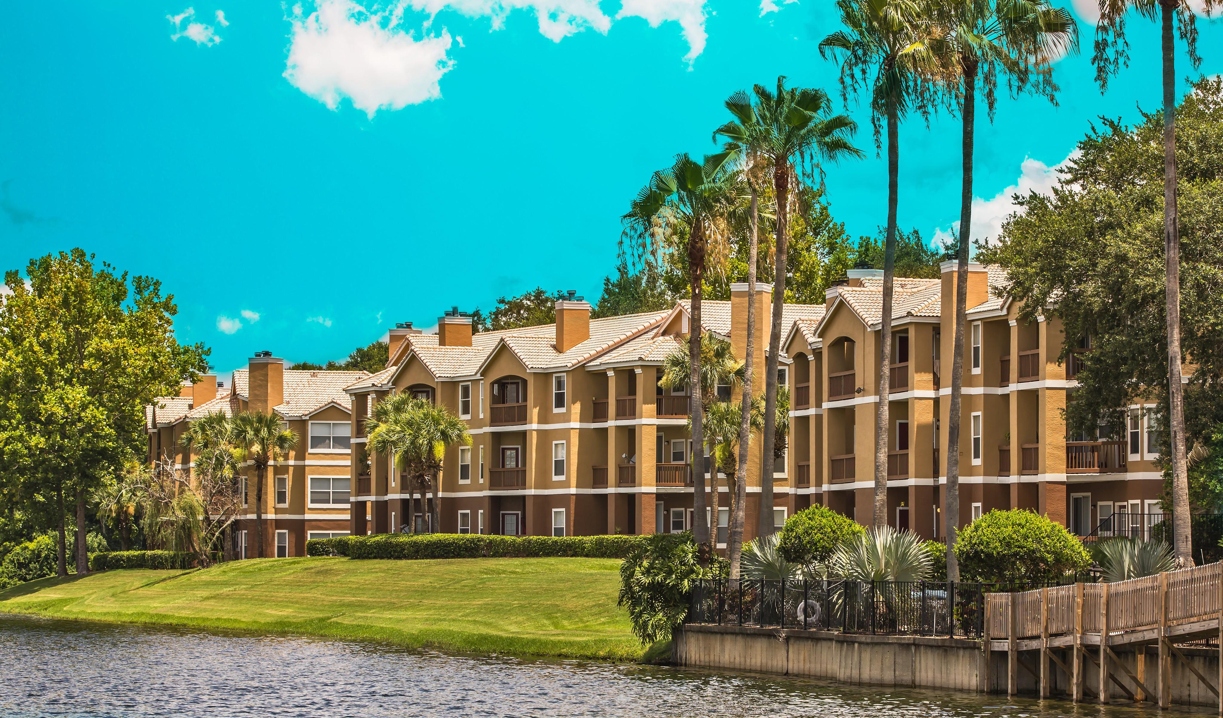 Apartments Near Westside Tech Marina Landing for Westside Tech Students in Winter Garden, FL
