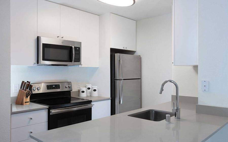 Apartments Near De Anza eaves West Valley for De Anza College Students in Cupertino, CA