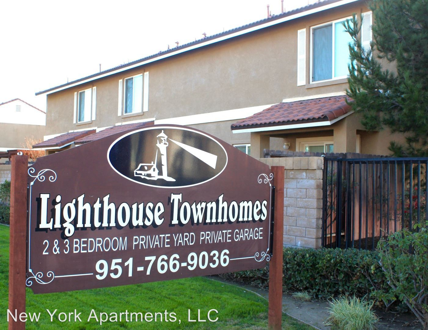Apartments Near MSJC Lighthouse Townhomes for Mt. San Jacinto College Students in San Jacinto, CA