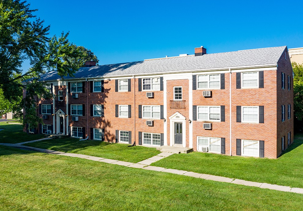 Apartments Near Owens Georgetown Village for Owens Community College Students in Toledo, OH