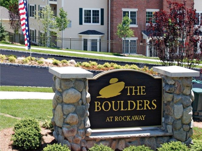Apartments Near Drew The Boulders at Rockaway for Drew University Students in Madison, NJ