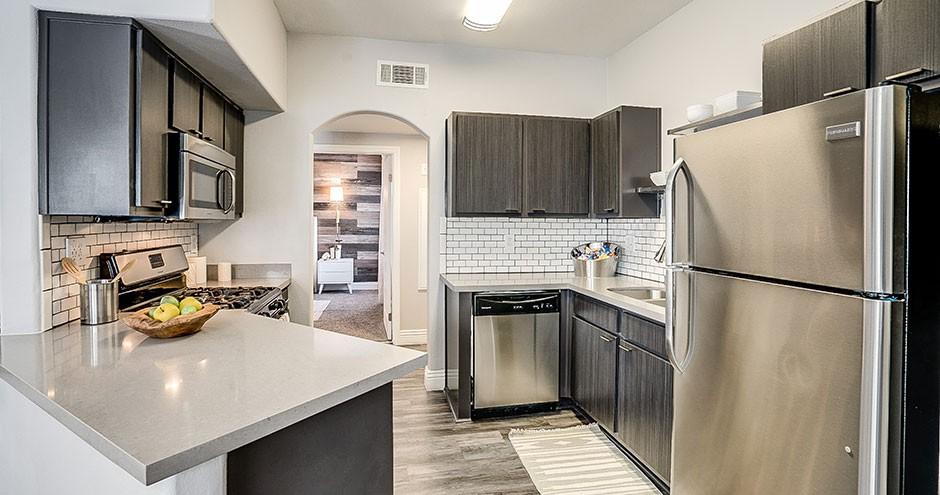 Apartments Near Las Vegas Torreyana Apartments for Las Vegas Students in Las Vegas, NV