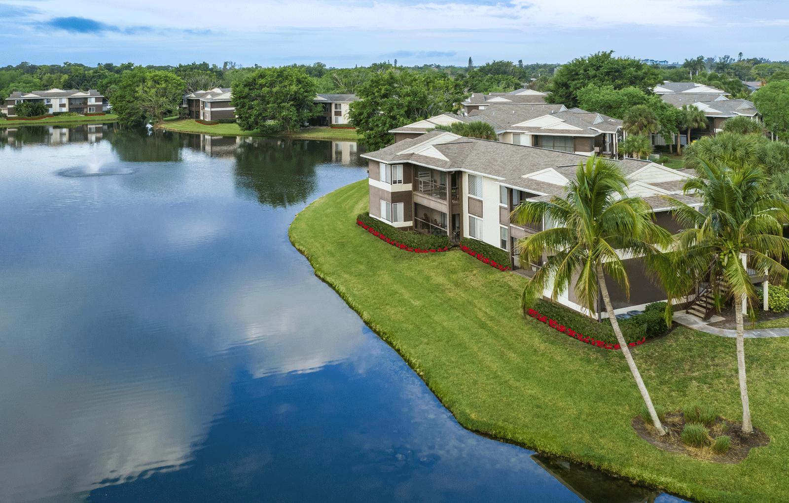 Apartments Near Florida Gulf Coast Iona Lakes for Florida Gulf Coast University Students in Fort Myers, FL