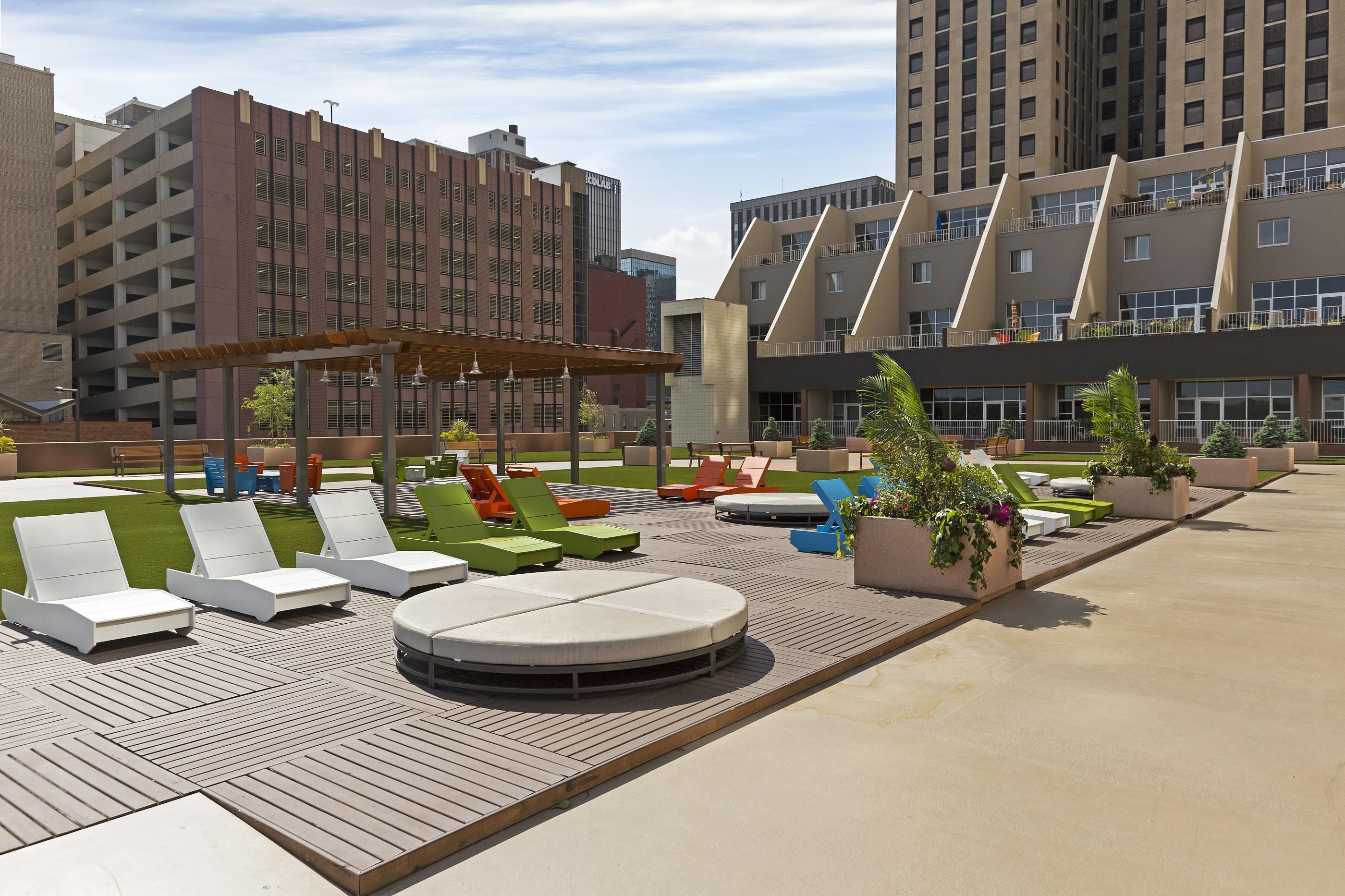 Apartments Near Metro State Kellogg Square for Metropolitan State University Students in Saint Paul, MN