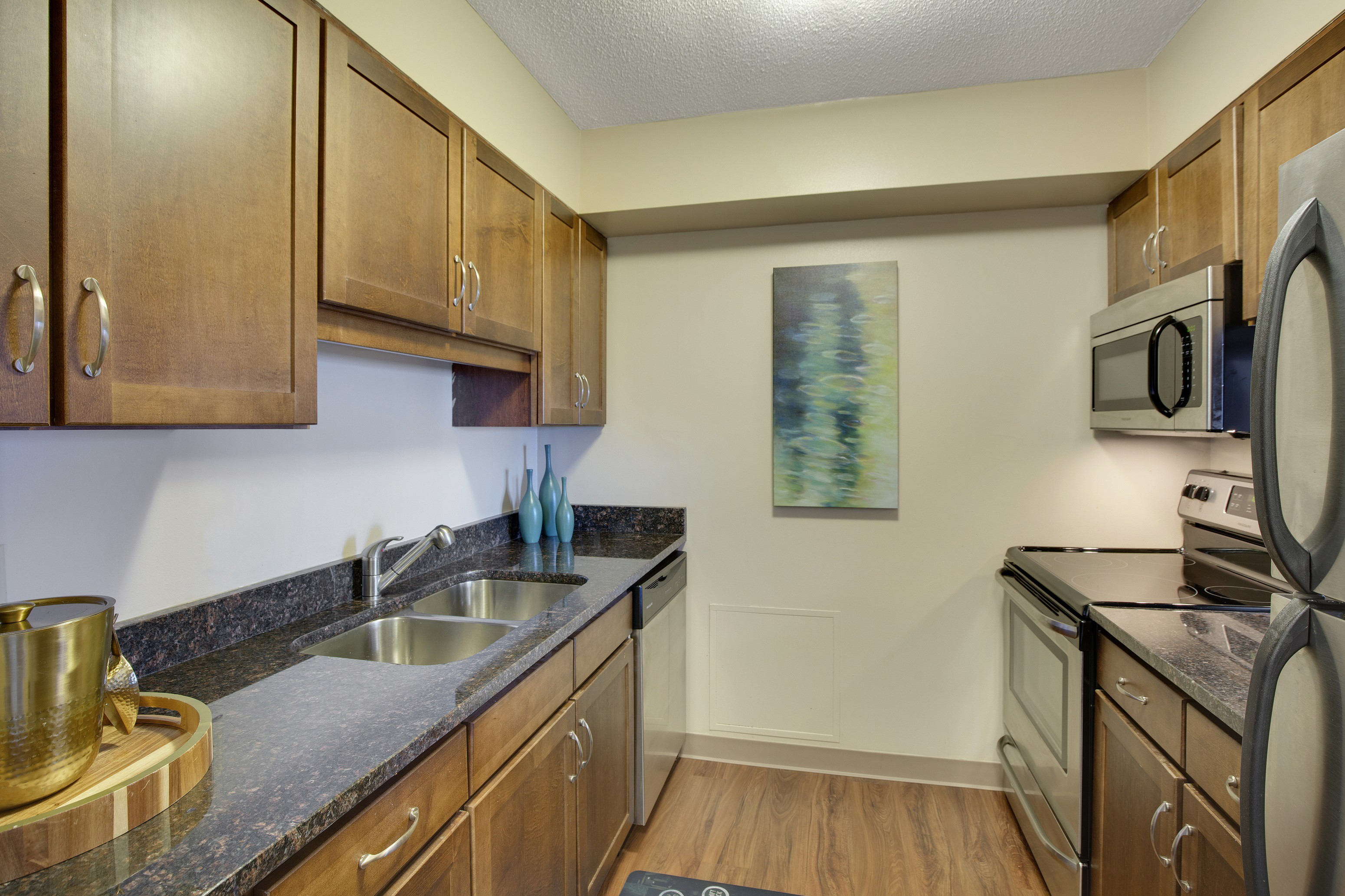 Apartments Near Macalester Kellogg Square for Macalester College Students in Saint Paul, MN