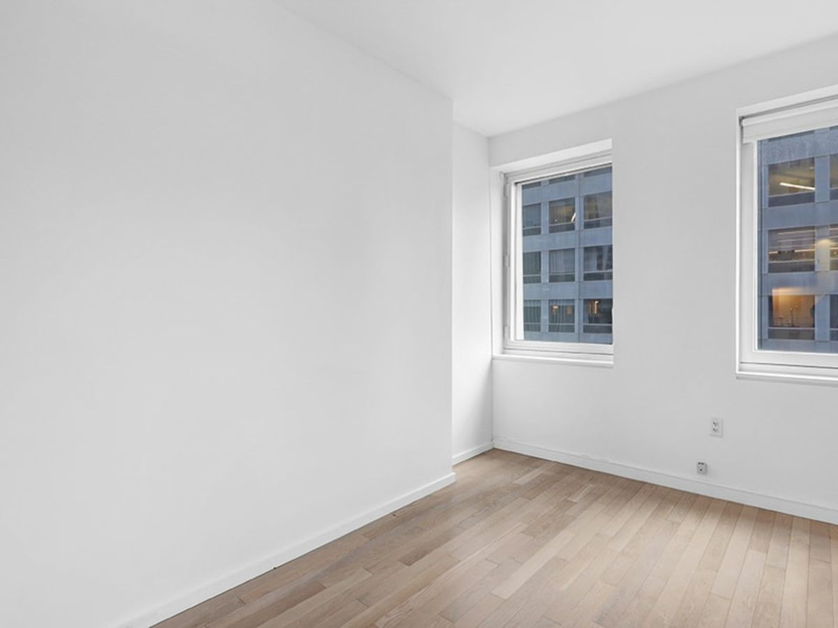 70 W 45th St for rent