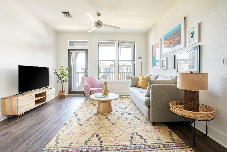 Sonder - Steelhouse for rent