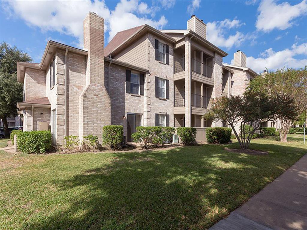 Cimarron Parkway Apartments rental
